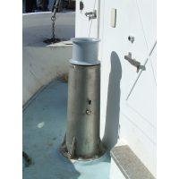 Chigre vertical de acero inox con cabirón de aluminio d. 220.