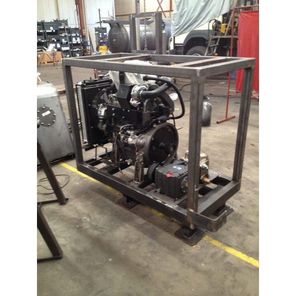 Construcción de motorbomba Diesel y alta presión agua.